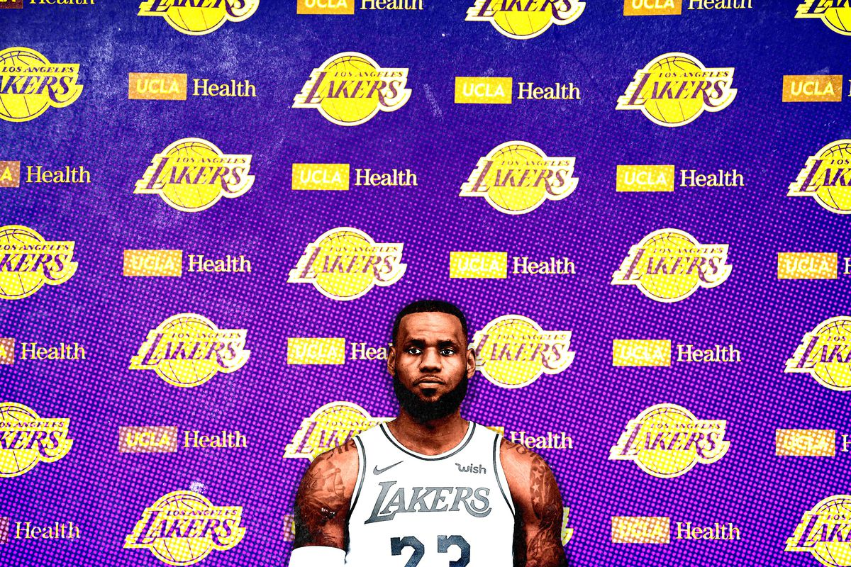 e7b1cbb7c92d LeBron s Lakers Step Into the Spotlight - The Ringer