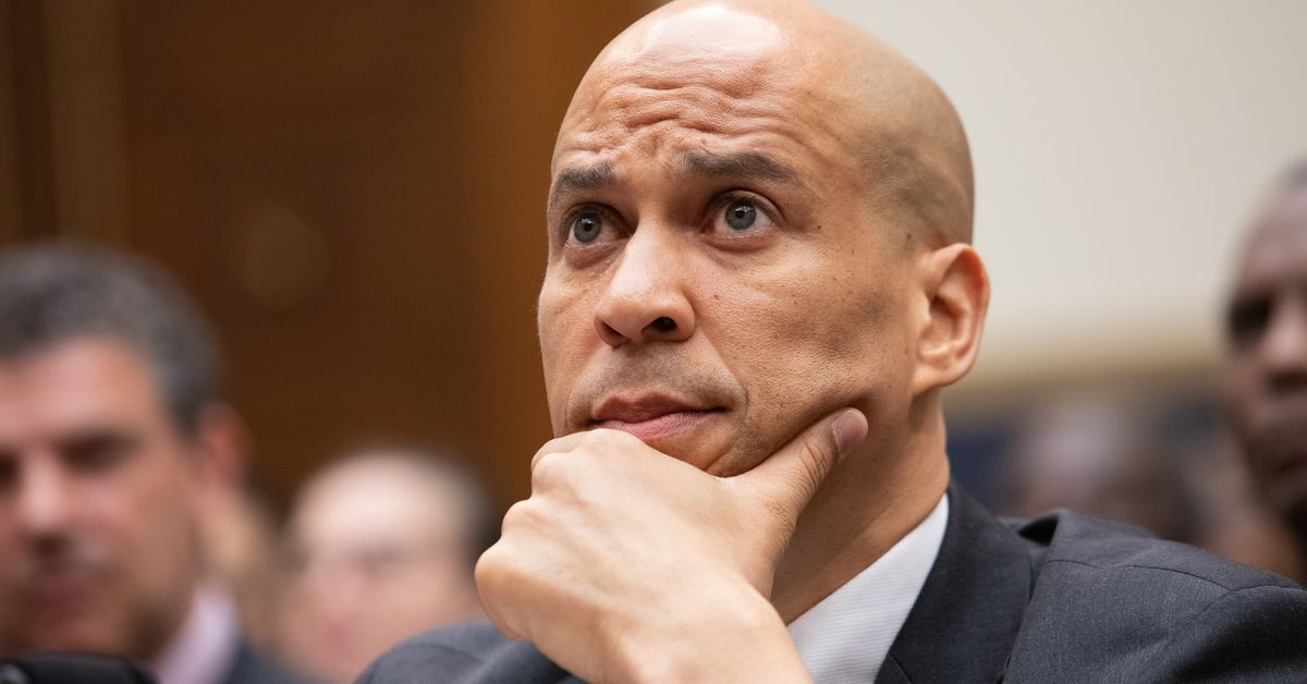 Cory Booker's latest criminal justice reform bill takes aim at life imprisonment