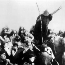 """Scene from the 1923 silent film version of """"The Ten Commandments"""" by Cecil B. DeMille. Deseret News Archives."""
