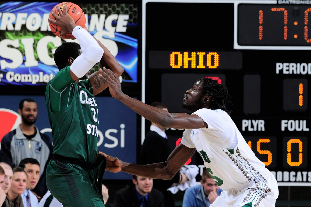 Maurice Ndour guarding a Cleveland State player 3/19/2014 (Michael Pronzato, Ohio Athletics)