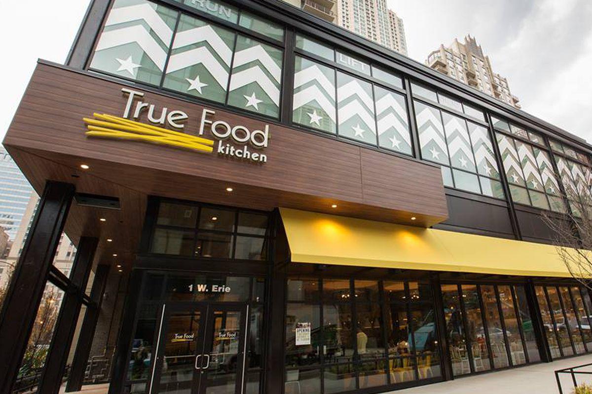 True Food Kitchen Design true food kitchen opens first healthy restaurant in midwest in