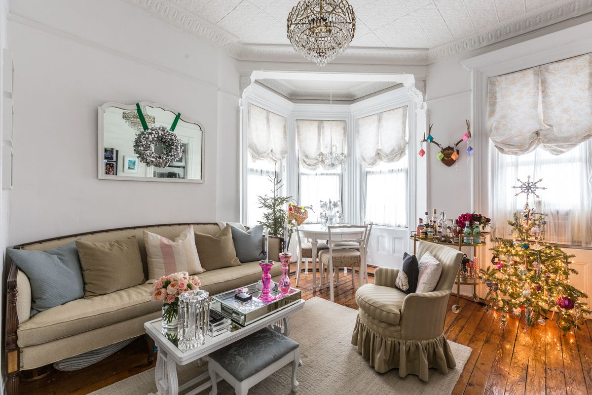 20 cozy NYC living spaces to inspire (and distract) you - Curbed NY