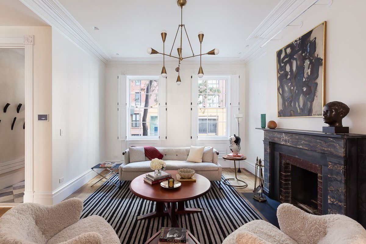194-year-old Soho townhouse with modern revamp gets a $2.5M discount ...