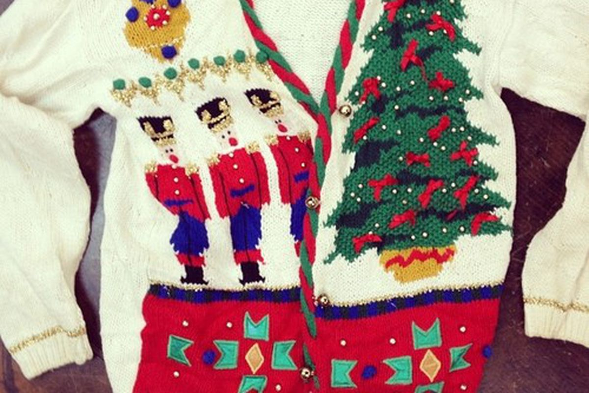 it seems not even our style conscious city is immune to the allure of the ugly sweater behold the ugly christmas sweater shop a pop up east dallas