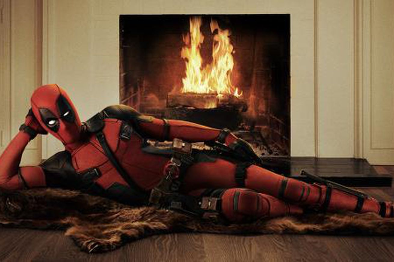 Here is Ryan Reynolds in the official Deadpool costume - The Verge