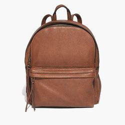 "Madewell 'Lorimer' backpack, <a href=""https://www.madewell.com/madewell_category/BAGS/backpacks/PRDOVR~B0010/B0010.jsp?color_name=pecan"">$228</a>"