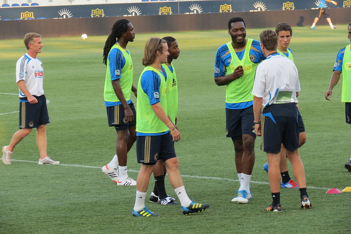 Patrick Kanyuka with head coach John Hackworth, Raymon Gaddis and other players at the Philadelphia Union's open practice last night. (Photo courtesy of @Barbcvphilly)