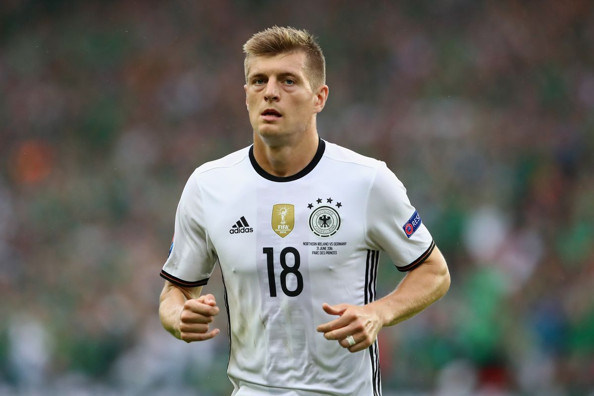 Toni Kroos looking to re join Bayern Munich but Real Madrid and