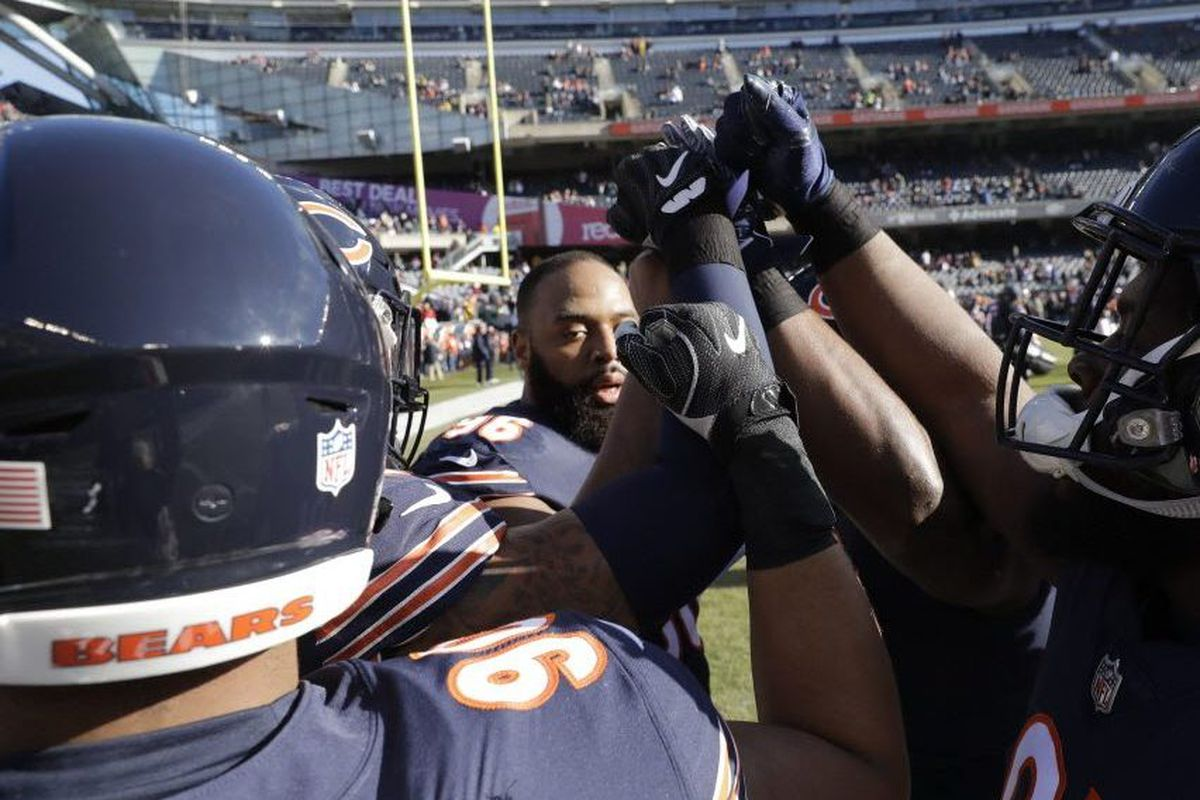 Packers Head For Super Bowl In Blur Of >> 4 Bears Questions On Akiem Hicks Pro Bowl Blur Eddie Jackson S