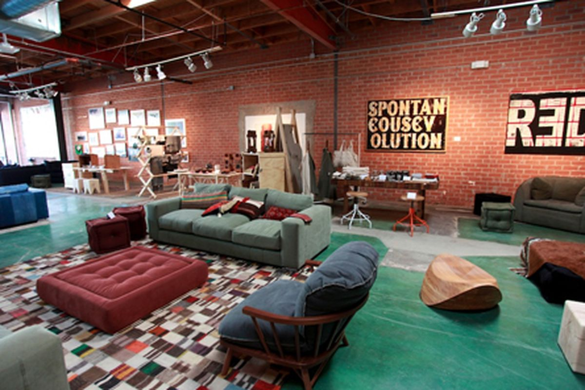 """Photo via <a href=""""http://www.acontinuouslean.com/2012/01/03/shopping-los-angeles-shelter-half/"""">A Continuous Lean</a>"""