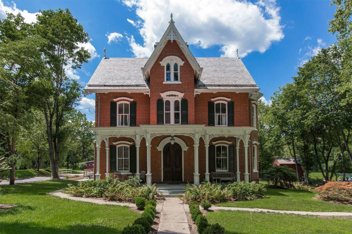 1880s victorian updated for contemporary living asks 695k for Victoria home builders
