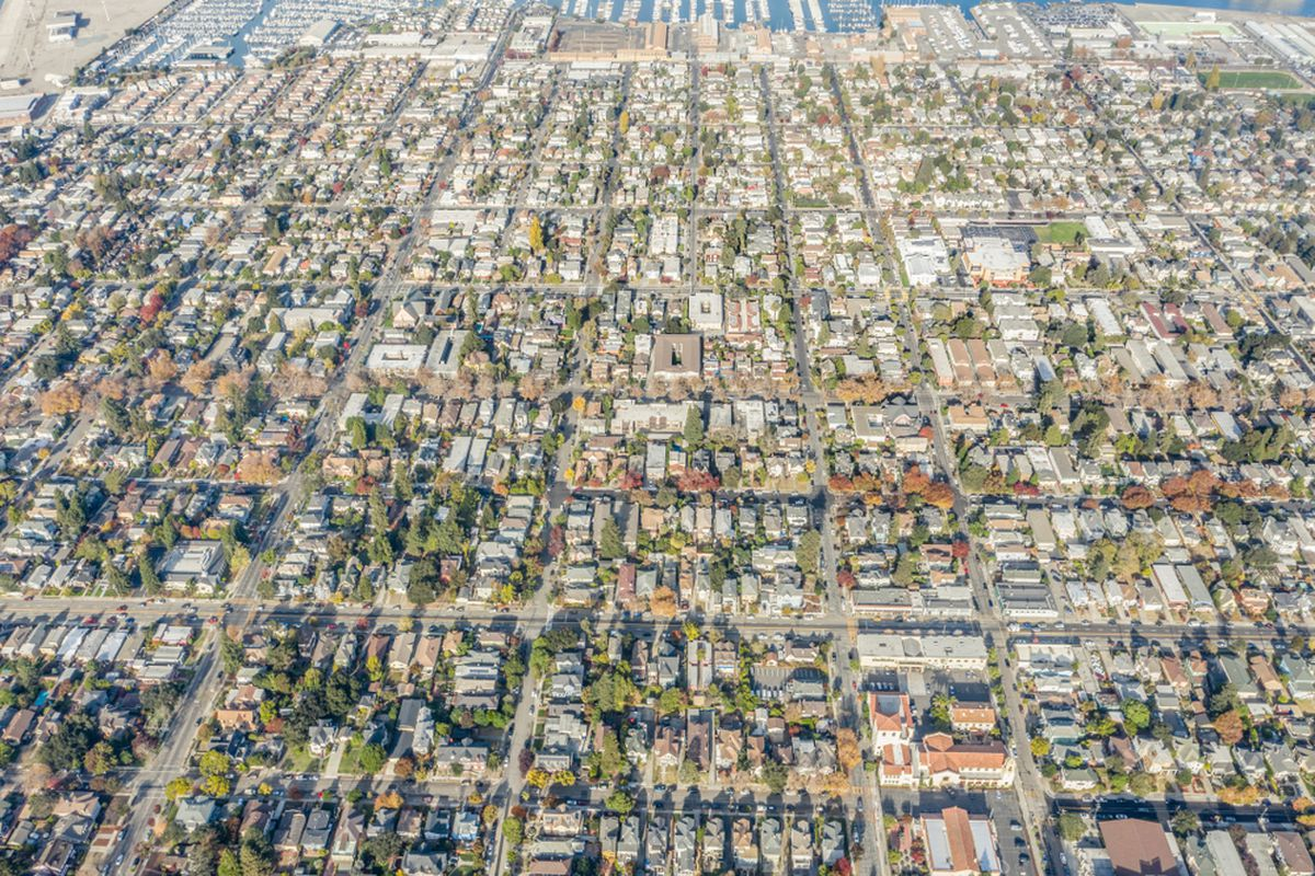 Many blocks of San Francisco houses, photographed from the air.