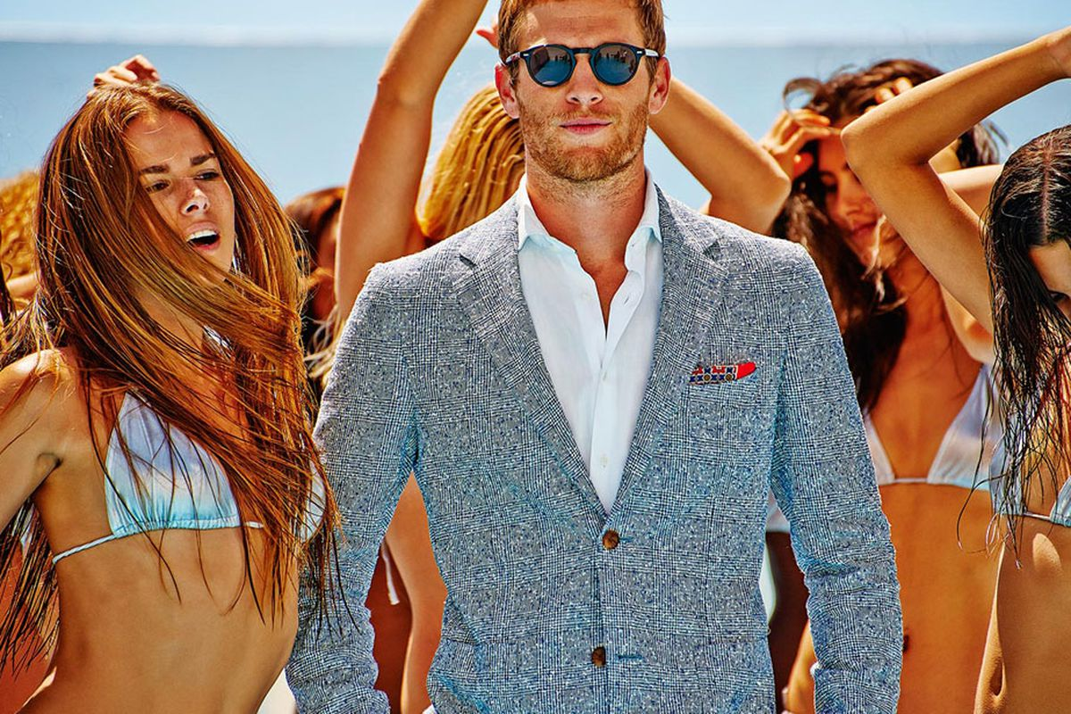 "Image via <a href=""http://us.suitsupply.com/en_US/home"">SuitSupply</a>."
