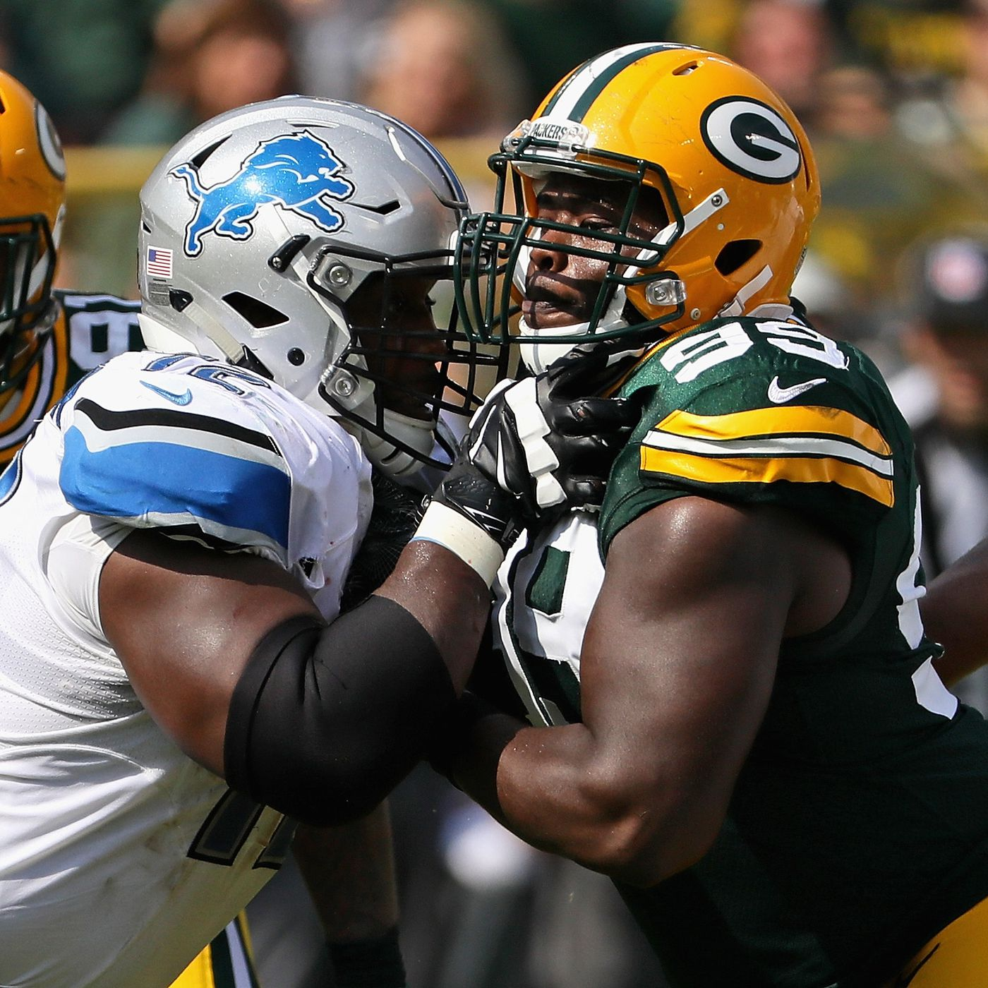 Film Breakdown How The Packers Got Away With Constant Holding Against Lions