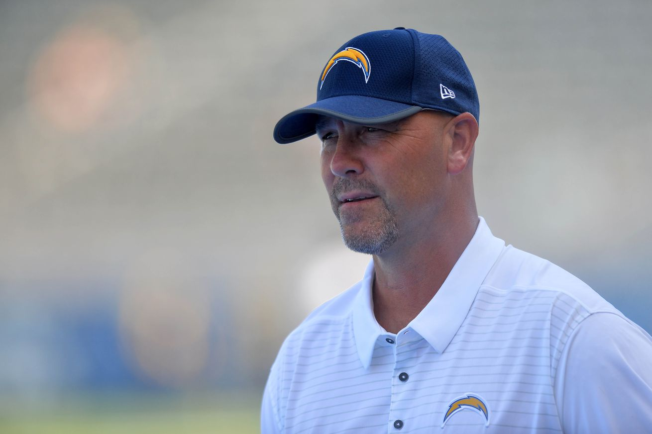 Los Angeles Chargers Daily Links: Will Gus Bradley's Defense Bounce Back?