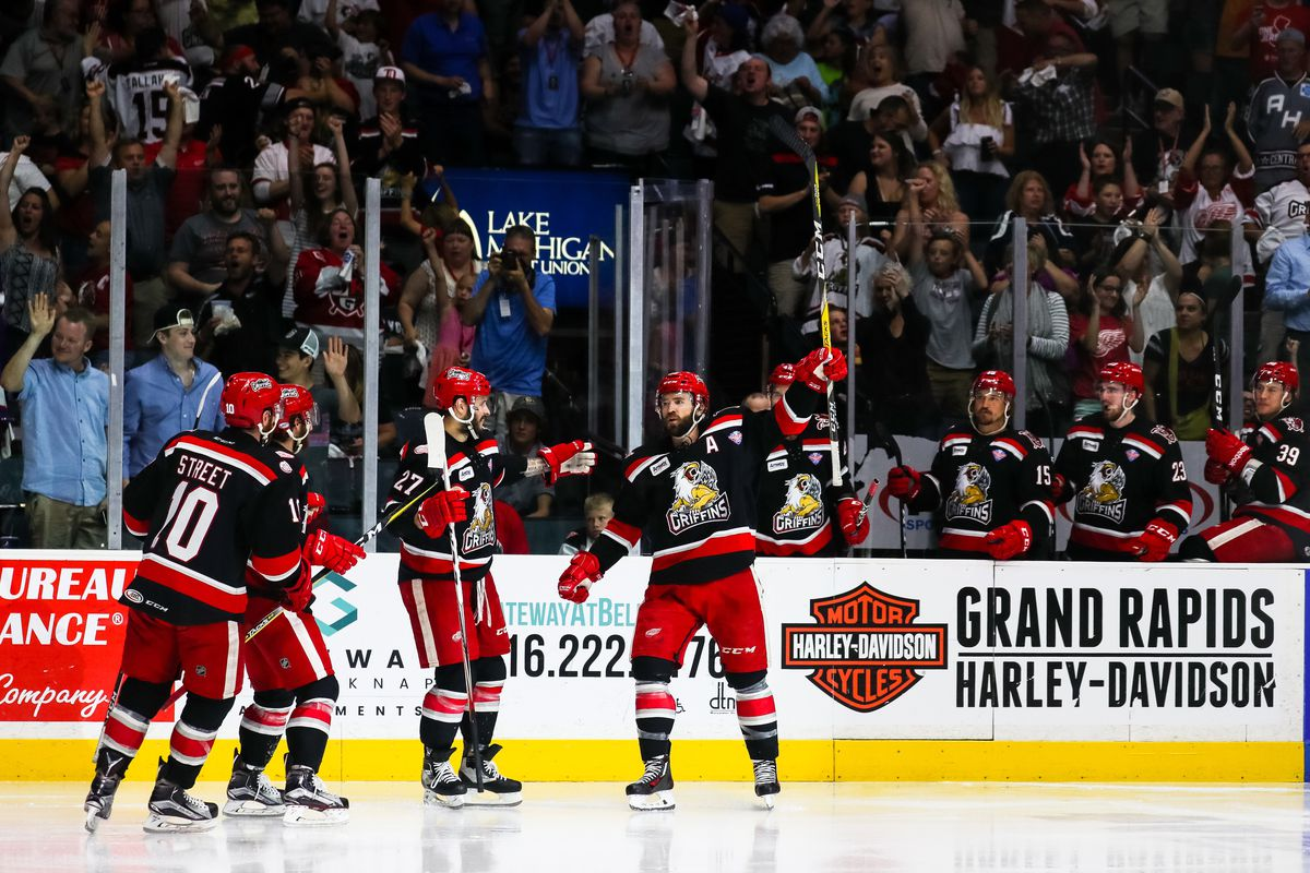 Griffins win Calder Cup on home ice in game 6