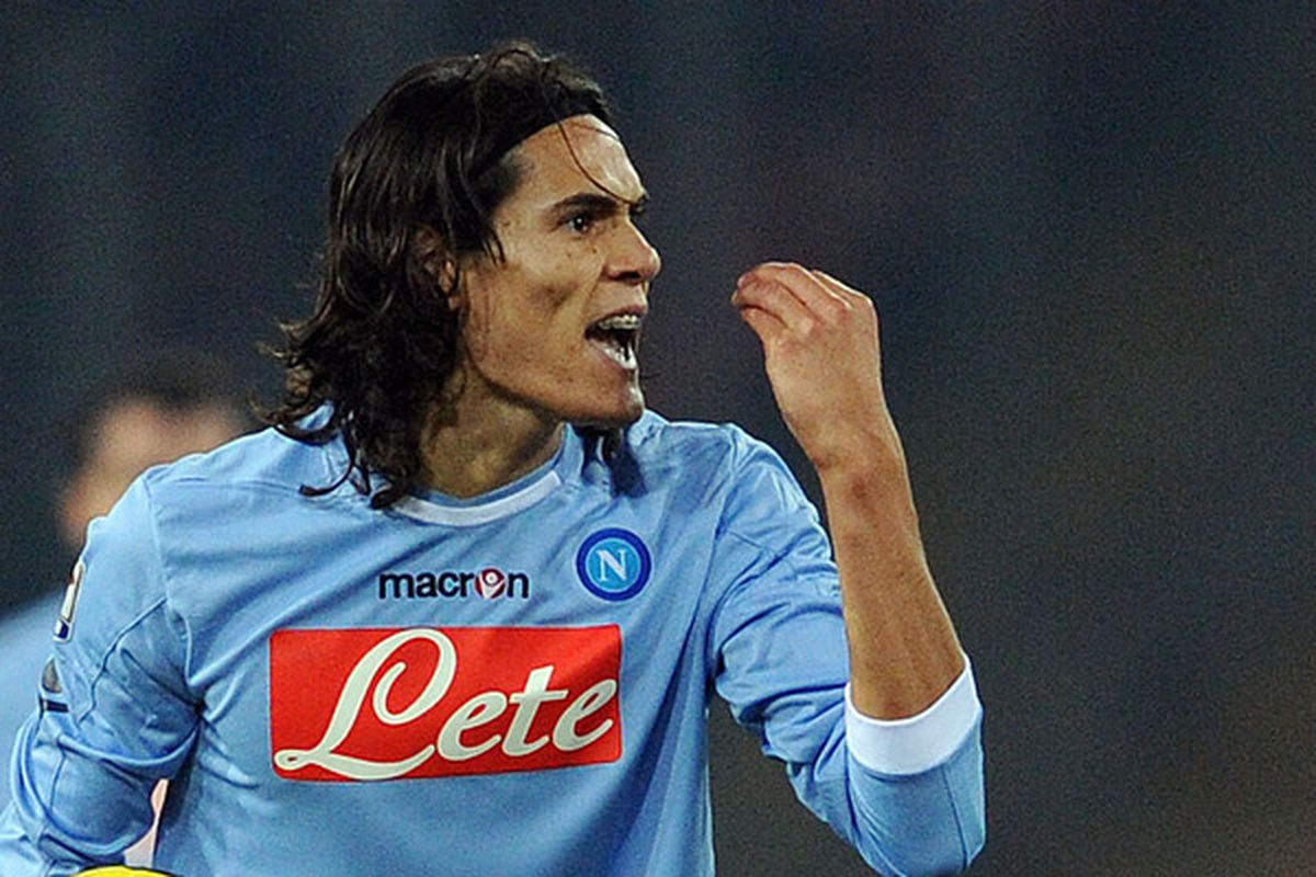 NAPLES ITALY - JANUARY 15:   Edinson Cavani of Napoi in action during the Serie A match between Napoli and Fiorentina at Stadio San Paolo on January 15 2011 in Naples Italy.  (Photo by Giuseppe Bellini/Getty Images)