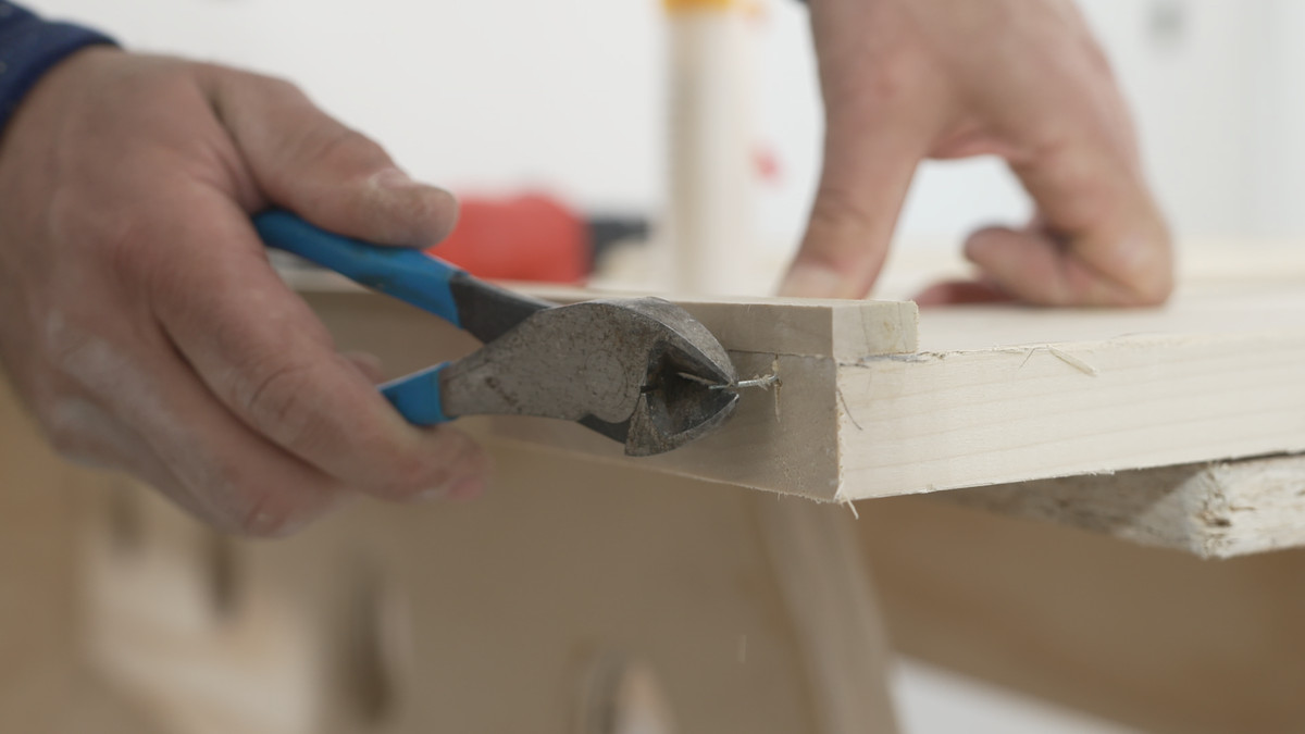 Chris Ermides shows how to use side cutters