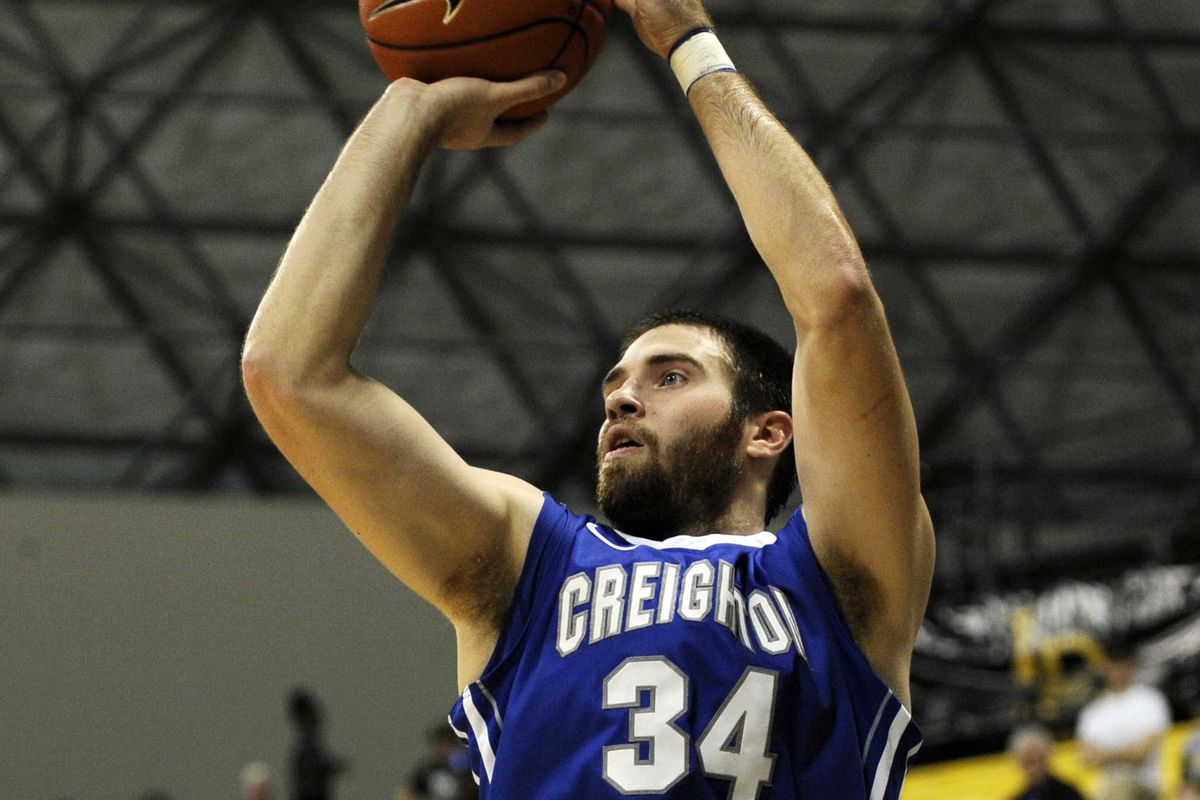 Believe it or not, it was hard to find a picture of Ethan Wragge shooting.