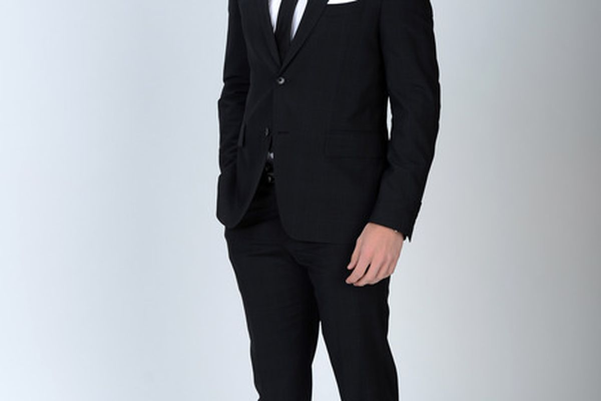 LAS VEGAS, NV - JUNE 20:  Gabriel Landeskog of the Colorado Avalanche poses for a portrait during the 2012 NHL Awards at the Encore Theater at the Wynn Las Vegas on June 20, 2012 in Las Vegas, Nevada.  (Photo by Harry How/Getty Images)