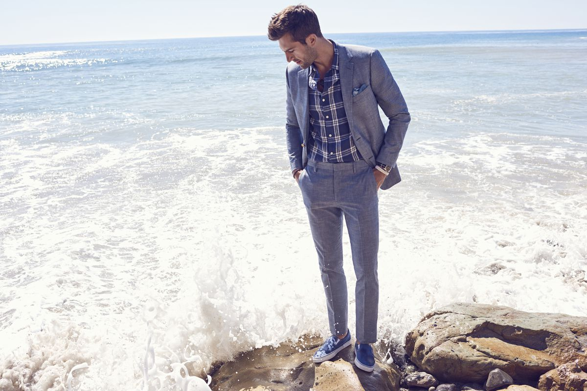Walmart buys menswear label Bonobos for $310 million