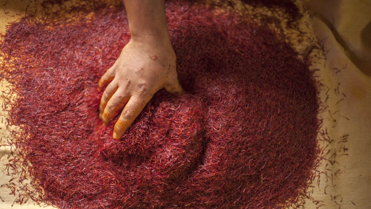 The World S Most Expensive Spice Is On The Verge Of Disappearing