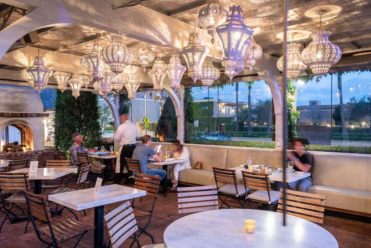 Outdoor dining area at Selanne Steak Tavern