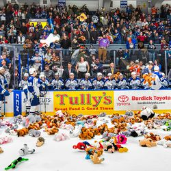 Syracuse Crunch hosts the Rochester Americans in American Hockey League (AHL) action at the War Memorial Arena in Syracuse, New York on Saturday, December 8, 2018. Rochester won 4-3.