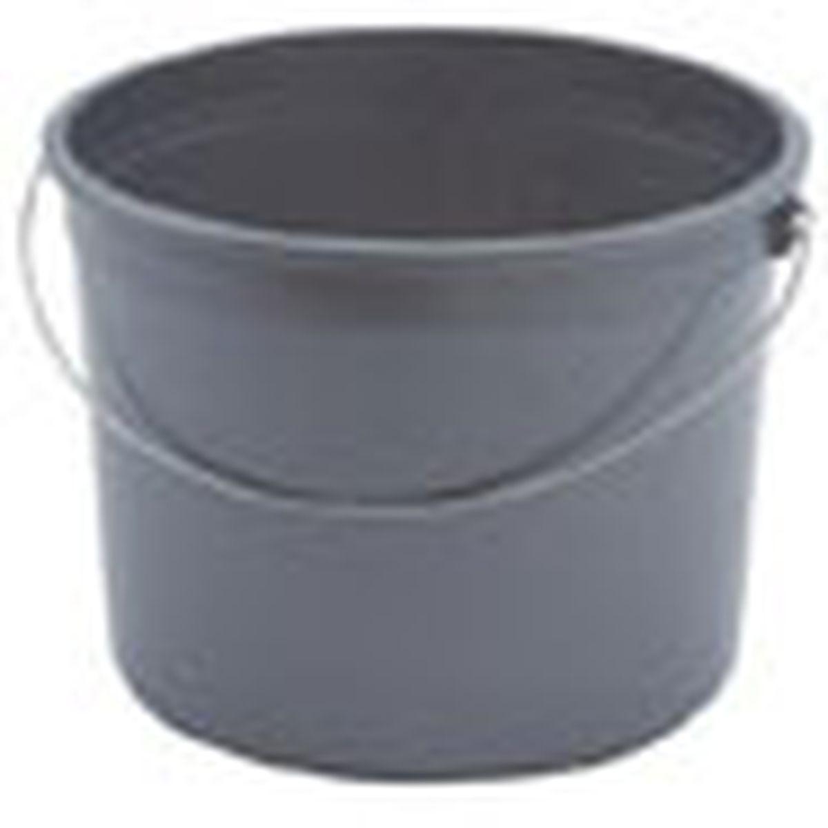 small plastic bucket