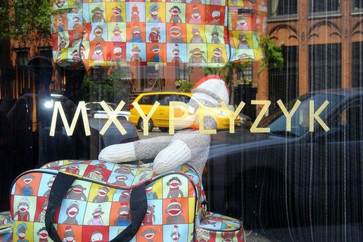 """Image via <a href=""""http://www.yelp.com/biz_photos/mxyplyzyk-new-york?select=NYVLj8HRDYxKCWRk7purGw#Il8nOlPmu4yoGCJ2u8blRg"""">Yelp</a>"""