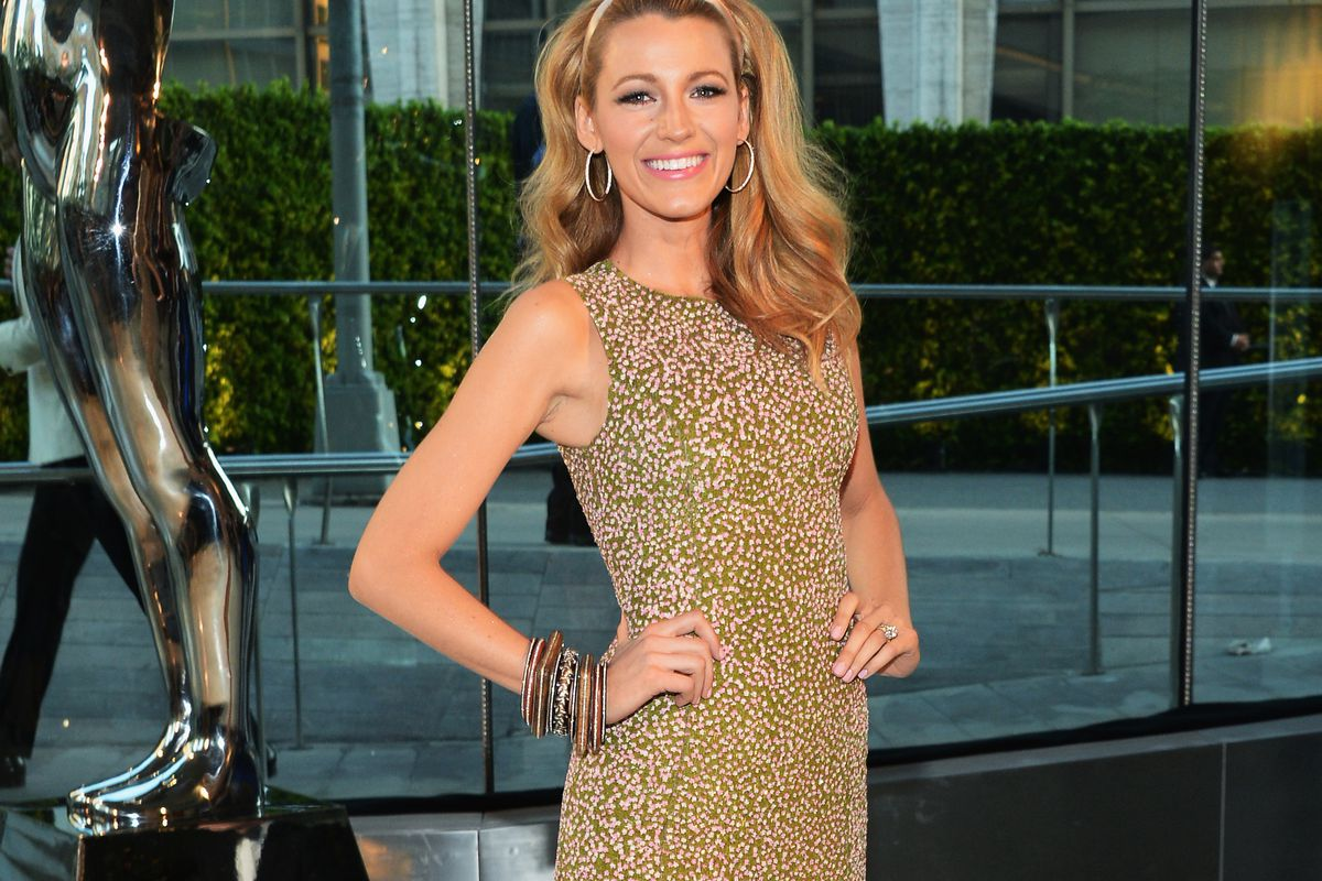 NEW YORK, NY - JUNE 02:  Actress Blake Lively attends the 2014 CFDA fashion awards at Alice Tully Hall, Lincoln Center on June 2, 2014 in New York City.  (Photo by Larry Busacca/Getty Images)
