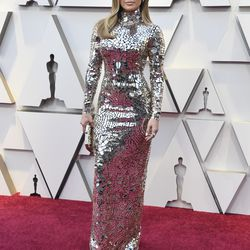 Jennifer Lopez attends the Academy Awards on February 24, 2019 in a Tom Ford gown. |  Frazer Harrison/Getty Images