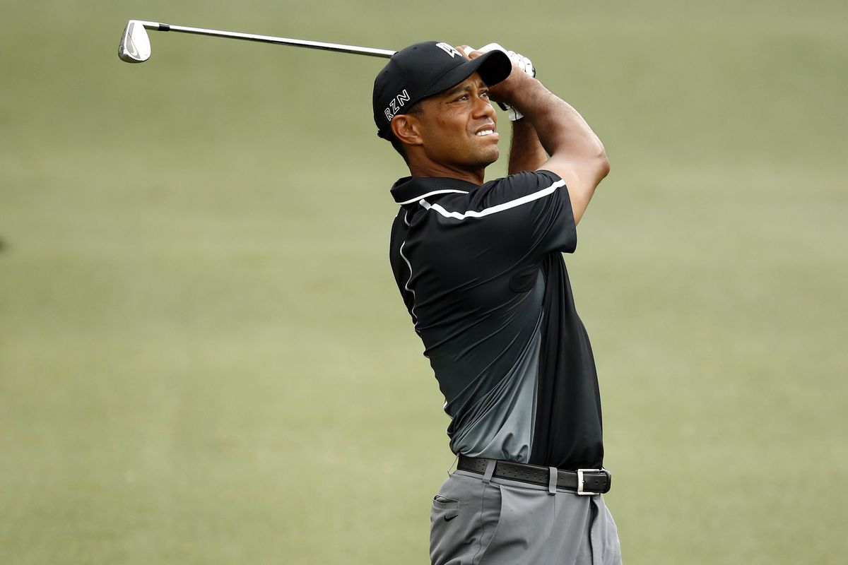 2015 masters leaderboard  tiger woods shoots 69  will make
