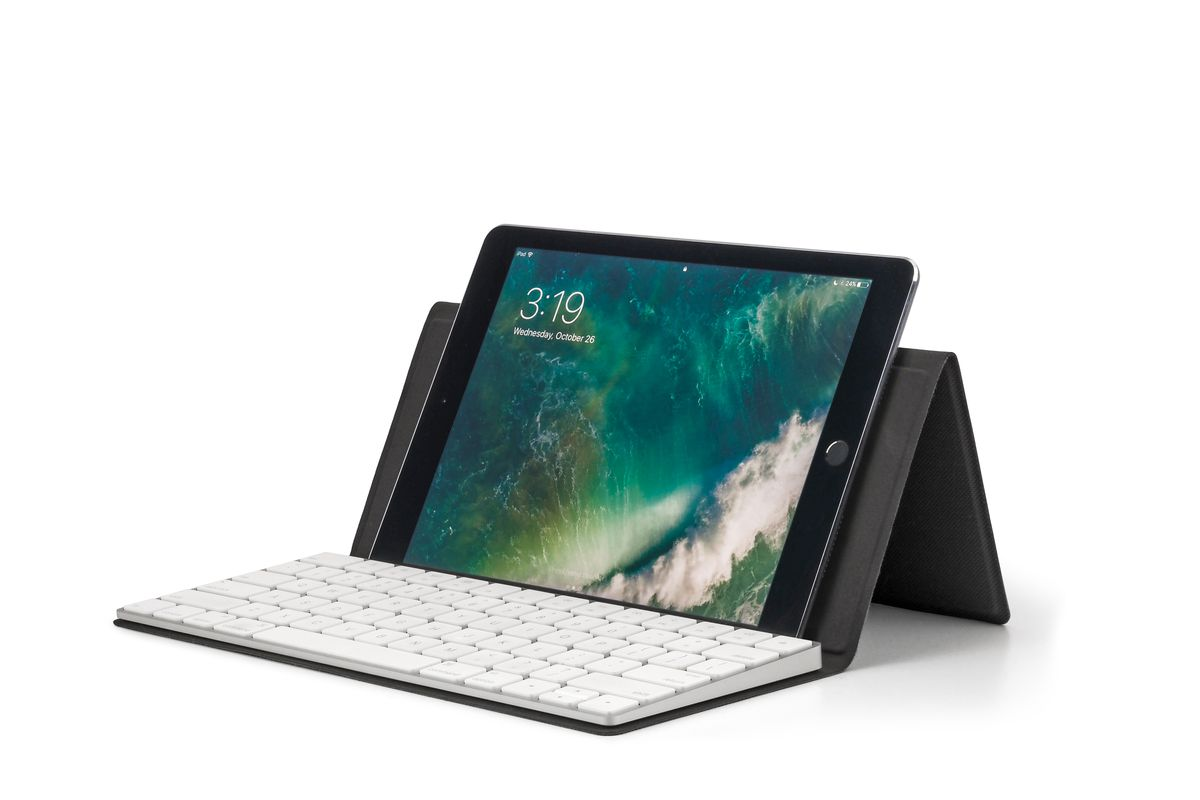 7d8886e8a19 The Canopy Magic Keyboard case is a good way to lug a full keyboard around,  if you must