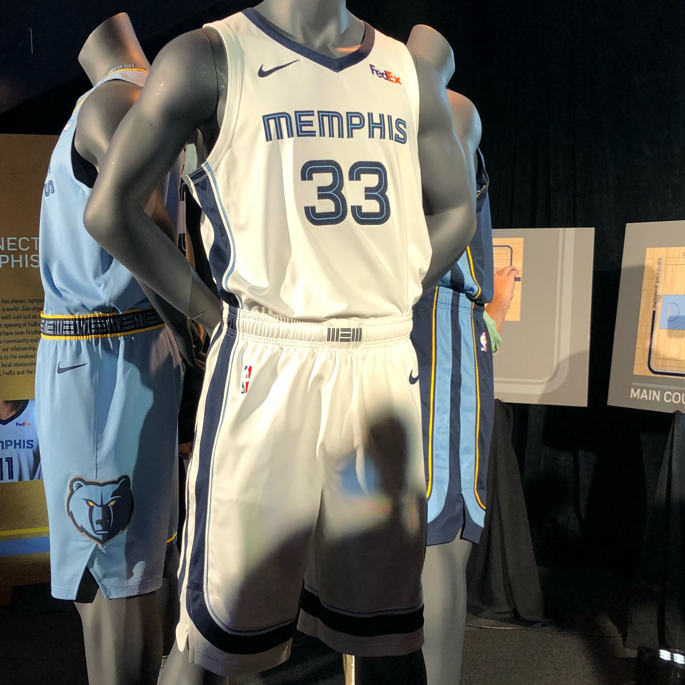 3cea0817888 Grizzlies reveal new uniforms for 2018-2019 Season - Grizzly Bear Blues