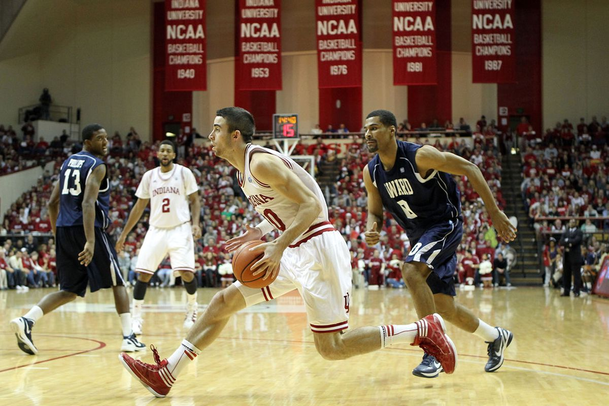 BLOOMINGTON, IN - DECEMBER 19: Will Sheehey #10 of the Indiana Hoosiers dribbles the ball during the game against the Howard Bison at Assembly Hall on December 19, 2011 in Bloomington, Indiana.  Indiana won 107-50.  (Photo by Andy Lyons/Getty Images)