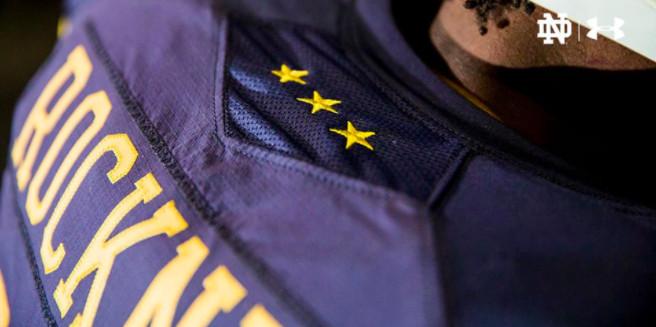 Navy vs. Notre Dame  Irish throwback uniforms have hilarious cleats ... 393db87e2