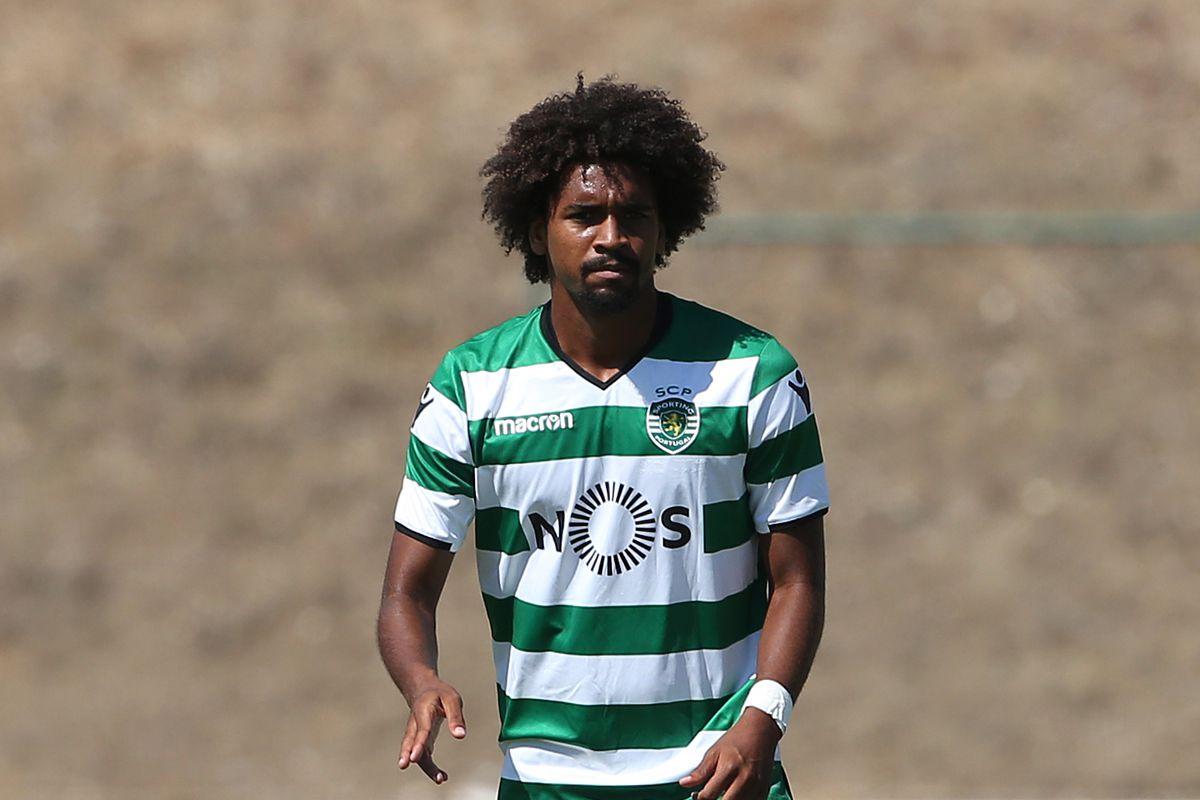 Real SC v Sporting CP B - Segunda Liga