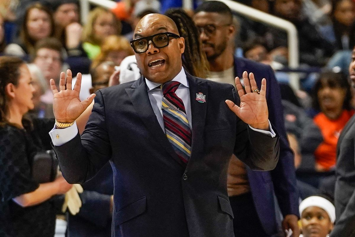 Syracuse Women S Basketball V West Virginia Tv Streaming History Etc Troy Nunes Is An Absolute Magician