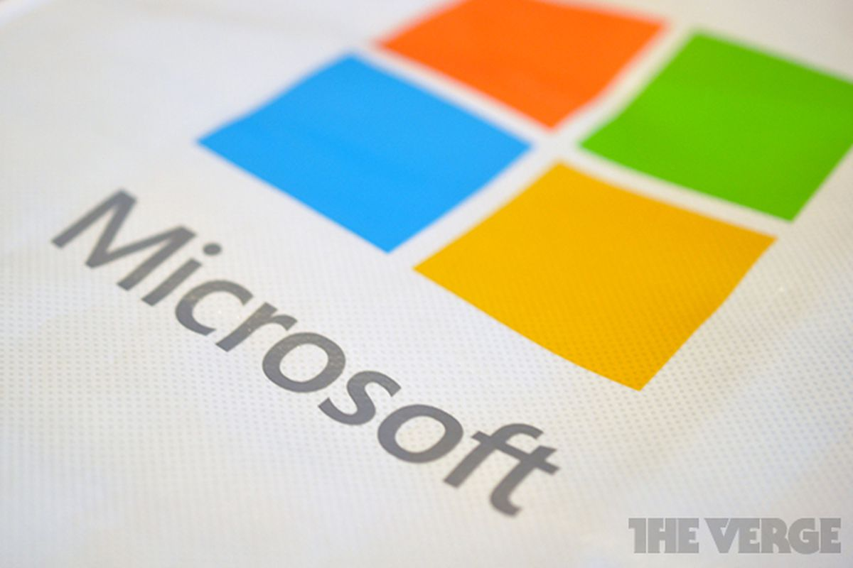 AT&T, Verizon, and Apple back Microsoft in protest over