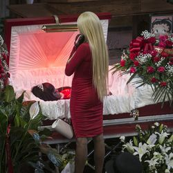"""LaTisha Jones attends the funeral services for her mother, Bettie Jones, who was """"accidentally"""" shot by a Chicago Police officer the day after Christmas, at New Mount Pilgrim Missionary Baptist Church on Wednesday, Jan. 6, 2016."""