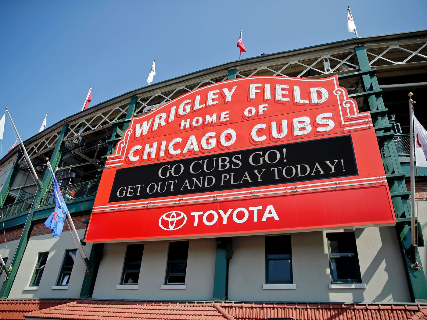 ca737331328 Wrigley Field  The ultimate guide to the Chicago Cubs  ballpark - Curbed  Chicago