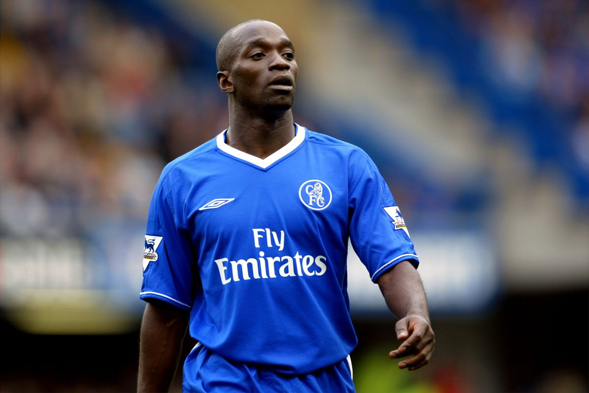 Soccer - FA Barclaycard Premiership - Chelsea v Aston Villa