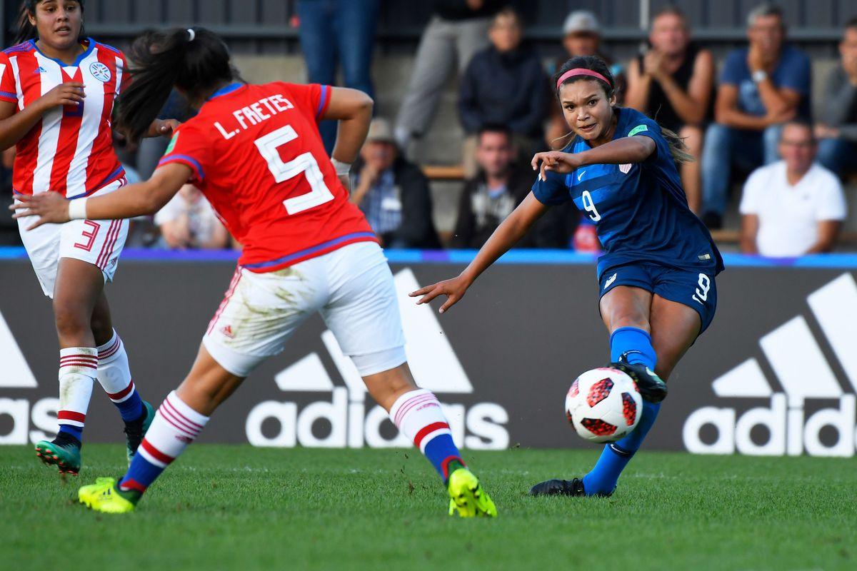 FBL-WC-2018-WOMEN-U20-USA-PAR