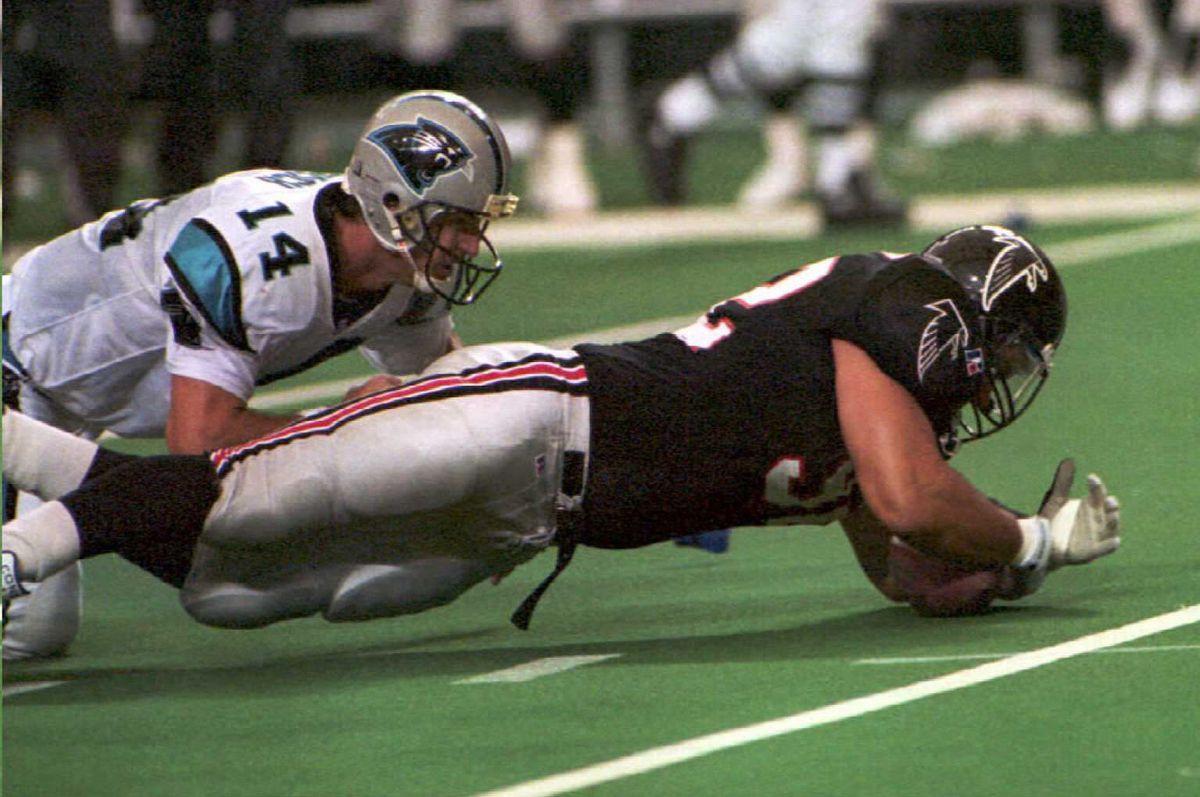 Atlanta Falcons defensive end Lester Archambeau fa