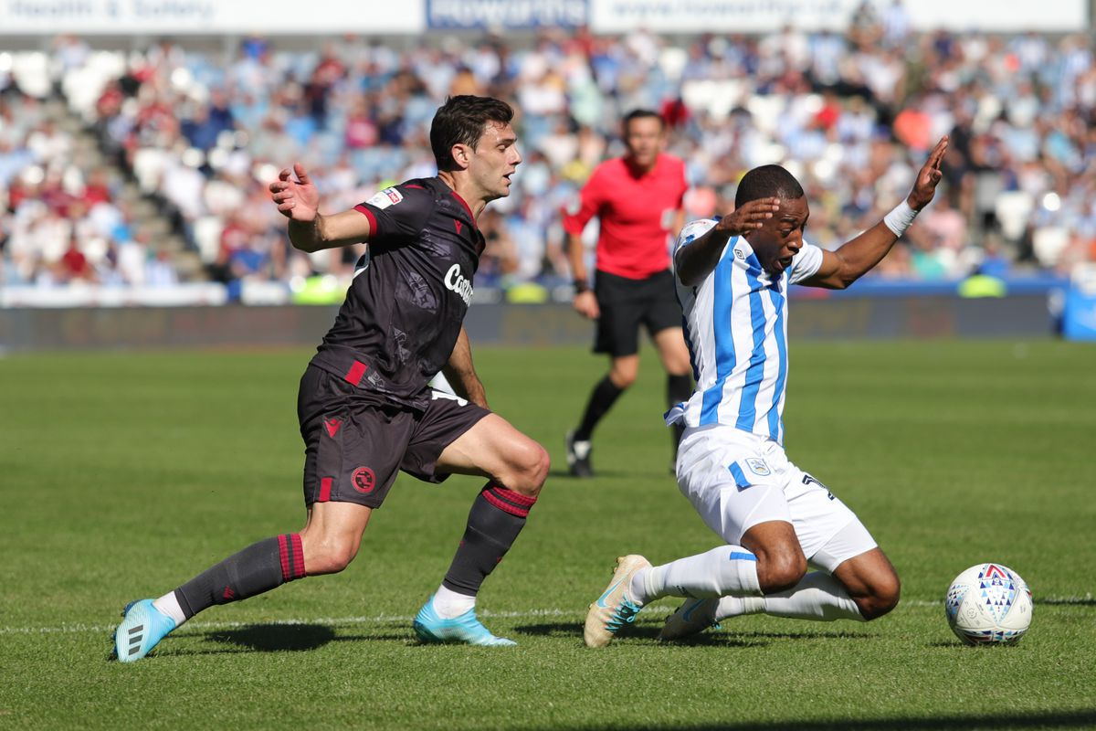 Huddersfield Town v Reading - Sky Bet Championship