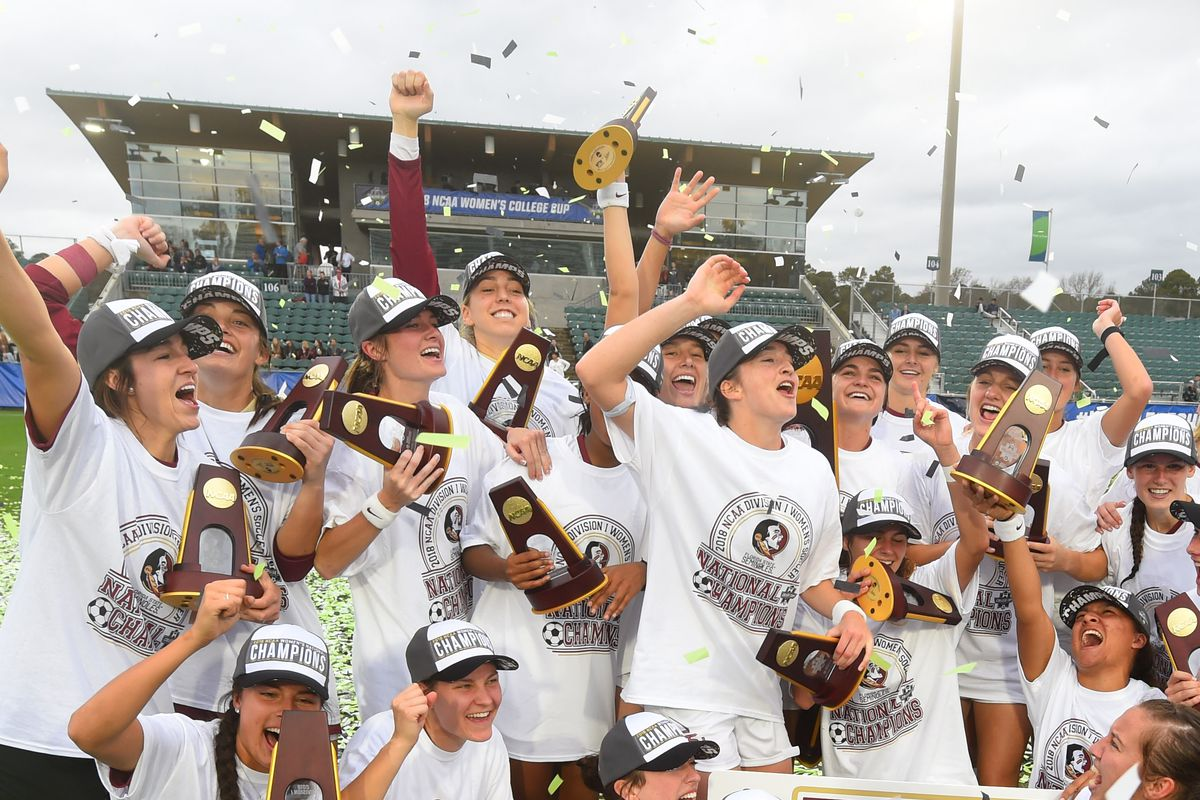 NCAA Soccer: DI Women's College Cup
