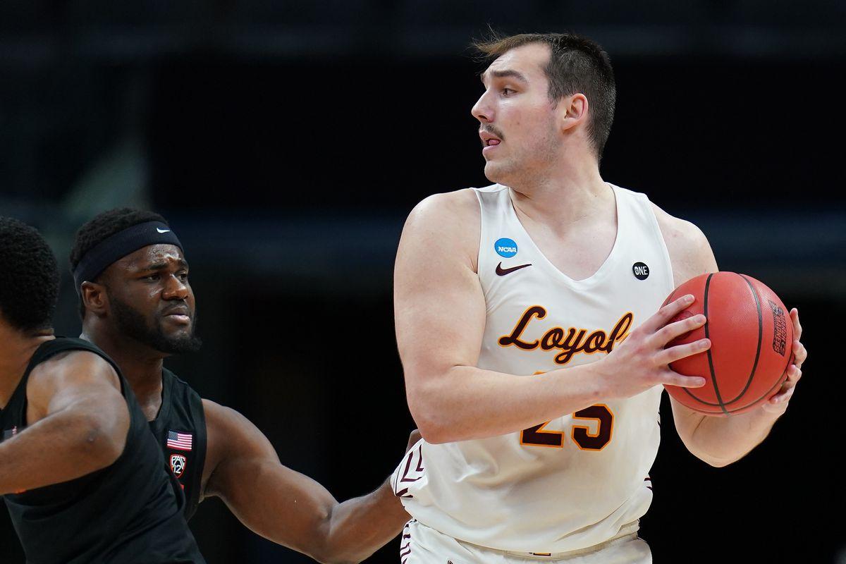 Oregon State v Loyola Chicago