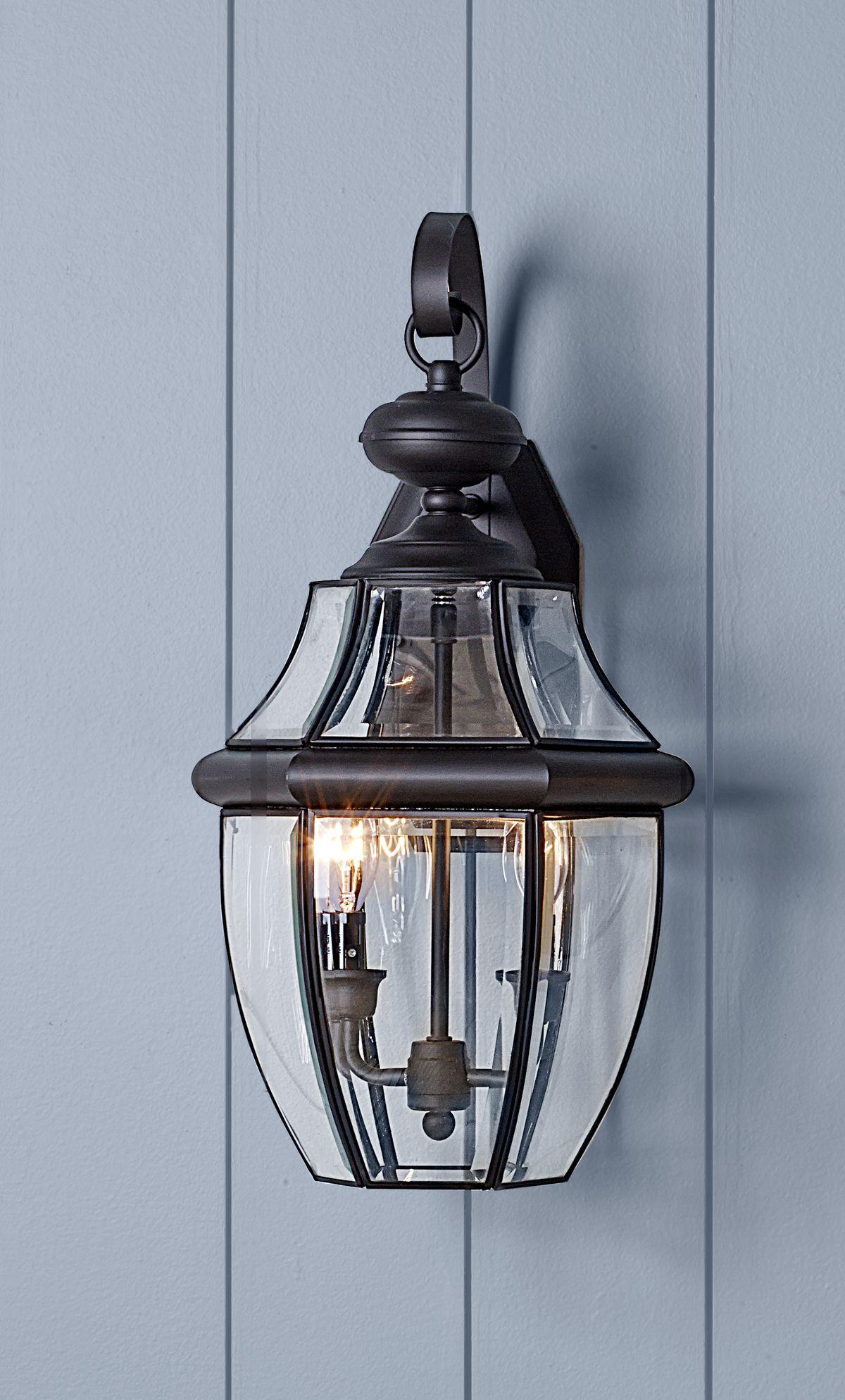 Quoizel Newbury 2-Light Outdoor Wall Lantern