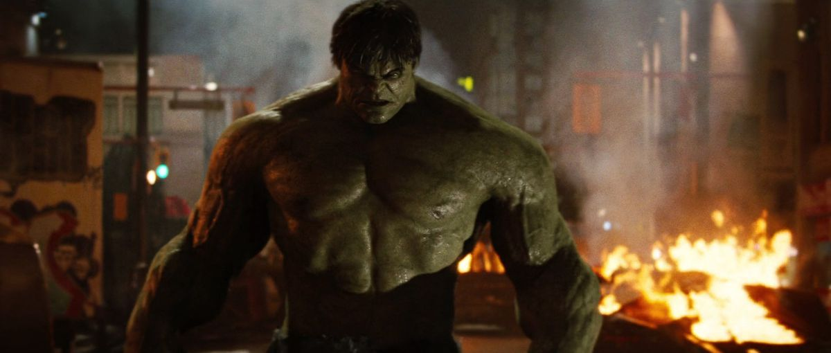 The Incredible Hulk (2008) - Hulk on a burning street